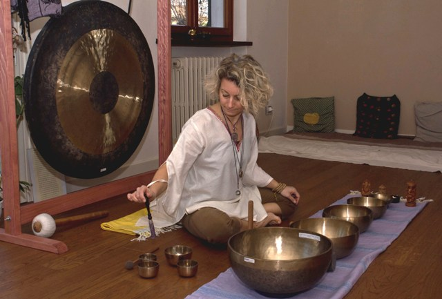 Venerdì 4 dicembre – Serata di bagno di Gong e CampaneTibetane